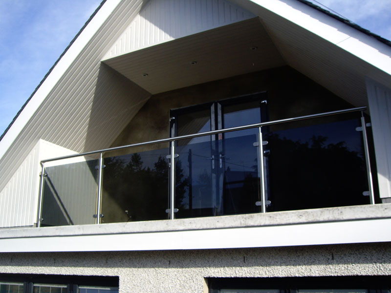 Picture of house with balcony joy studio design gallery for Balcony gallery